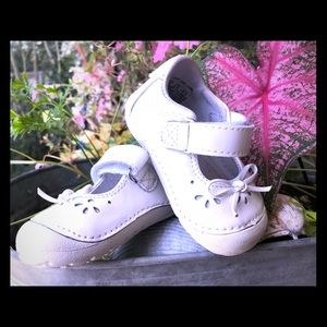 Toddler girls MaryJanes shoes